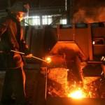 Українські металурги закінчили 2011 рік з величезними збитками